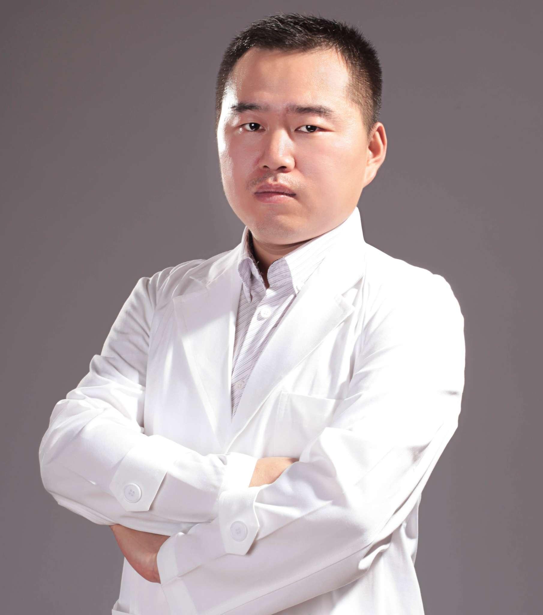 靳建伟 - 秦皇岛京美口腔医院-北京专家团队专属医院